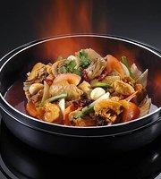 Oversea Dim Sum - Seafood Hotpot