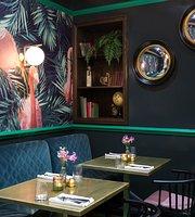 Téatro Bar & Restaurant