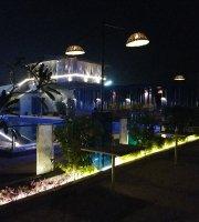 Dee Boat House, A luxury resort