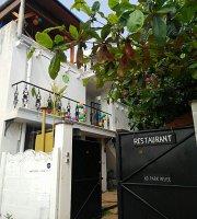 Cafe restaurant Le 2008
