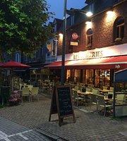 Brasserie Les Tuileries by Tom