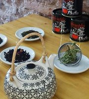 En Babia Tea Bar & Deli