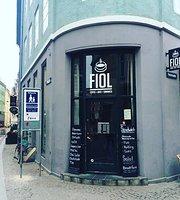 Fiol Cafe