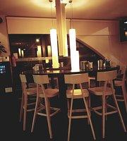 Cafe Bar 500