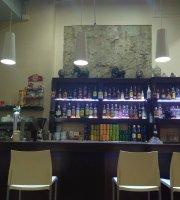 Cream Coffee Bar