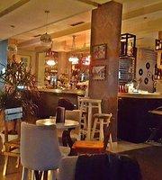 788 Cocktail Bar