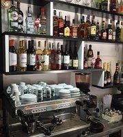 Hangertips Cafe
