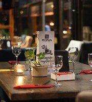 Forza Wine Bar & Restaurant