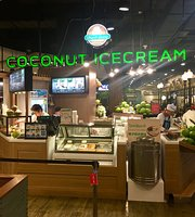 Coconut Ice Cream @Pier 21 Food Court