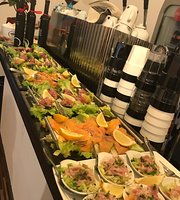 Divino Restaurant & Wine Bar