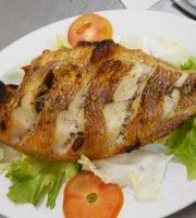 26 De Tham Restaurant