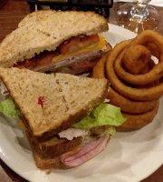 Walt's Pub and Grill