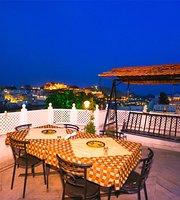 Hotel Thamla Haveli Terrace Restaurant