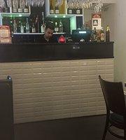 Taj Diner