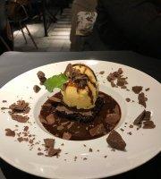 Benjamin Cafe Bistro