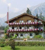 Gasthaus-Pension Golfvilla