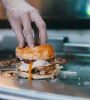 Der Daddy Beef Buns Burgers