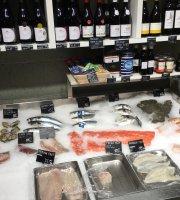 Seafood Bar.