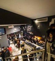 Στη Σέσουλα Souvlaki Bar