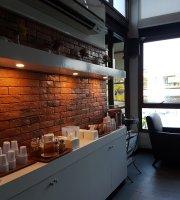 Cafe' Au Lac