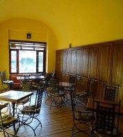 Cafeneaua Literara Joy's