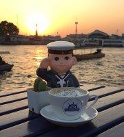 Navy Cafe' Cottage