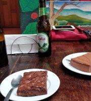 Mocha Nana Cafe