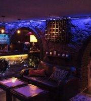 Subterra Taverna Parrilla
