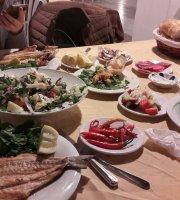 Deniz Kizi Restaurant