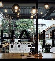 HALF Cafe & Studio