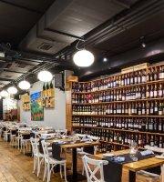 Dekant Wine Bar & Restaurant