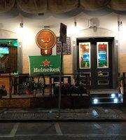Chop's Pub