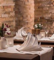Zum Schloss Restaurant