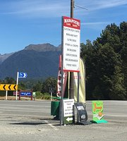 Manapouri Cafe & Dairy
