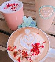 January 8th Cafe