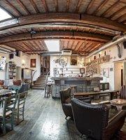 Etabli caffe, winebar, ristorante