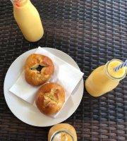 Cafe Naia