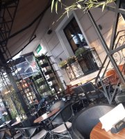 Corner Shoshi