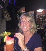 Cocktails & Dreams Bar