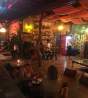 El Greco Lounge bar/Greek Restaurant
