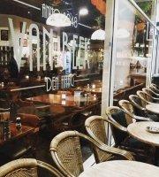 Cafe Van Beek