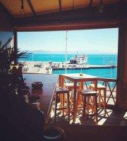 Oribu Cafe Bar