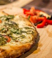 Grande Pizzeria & Bistro