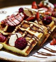Carrousel Cafe