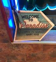 Johnny's Paradise pizza