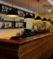Restaurant Attashe