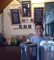 eFKa Cafe & Resto