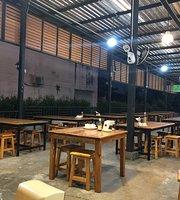 Che Tum Restaurant