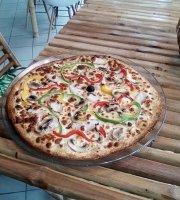 Tiki Pizz