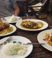 Som's Seafood